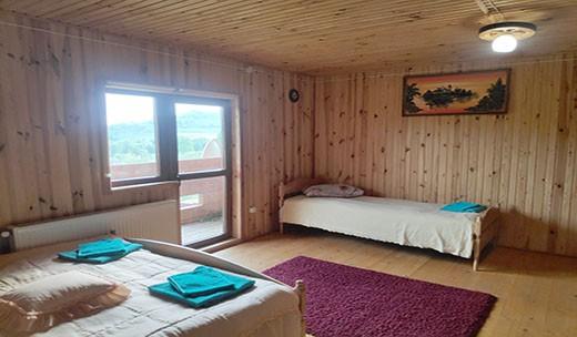 Кімната №4 у великому котеджі
