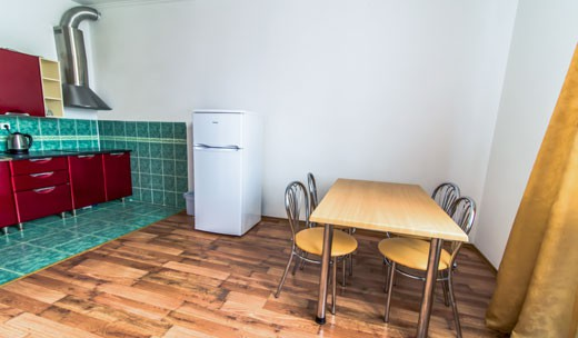 Двокімнатний з кухнею