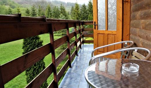 Стандартний з балконом